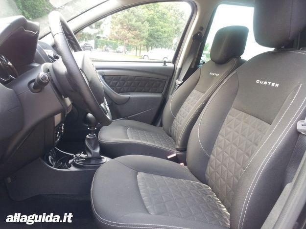 Dacia Duster 2014 interni