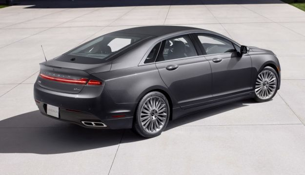 Lincoln MKZ   9