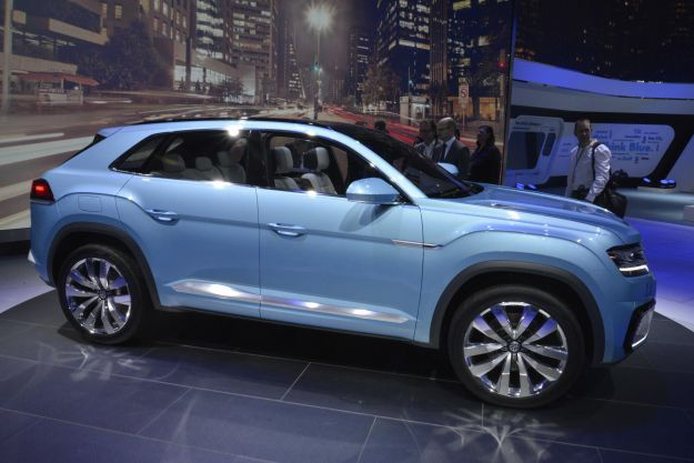 Volkswagen Cross Coupe GTE, salone Detroit 2015 (2)