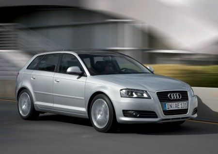 audi a3 young edition fianco