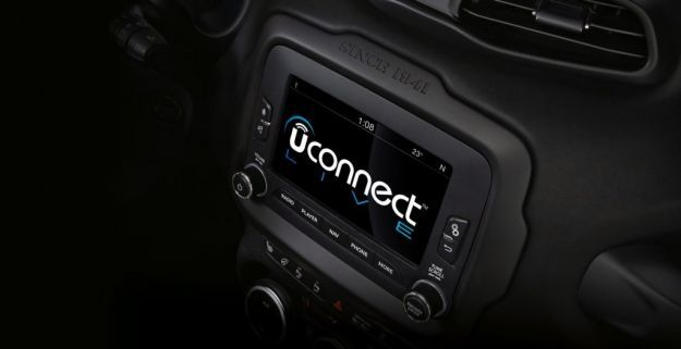 Jeep Renegade sistema Uconnect Live