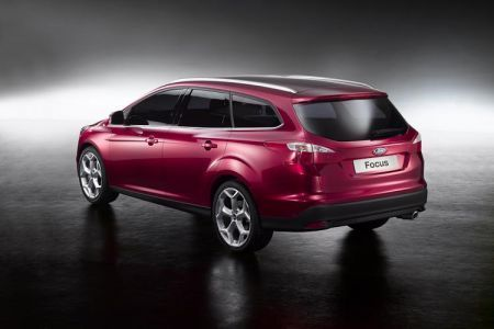 ford focus station wagon 2010