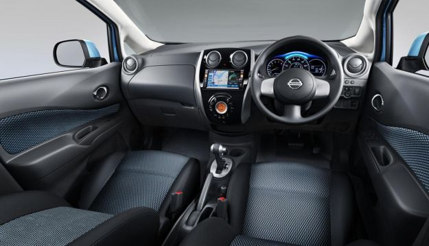 nissan note 2013 interni