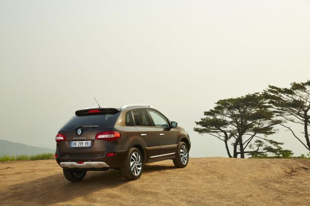 renault koleos gets another refresh photo gallery_24