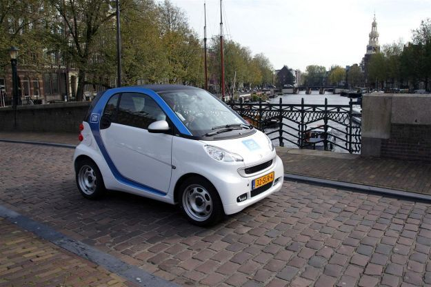 smart fortwo electric drive amsterdam car2go frontale