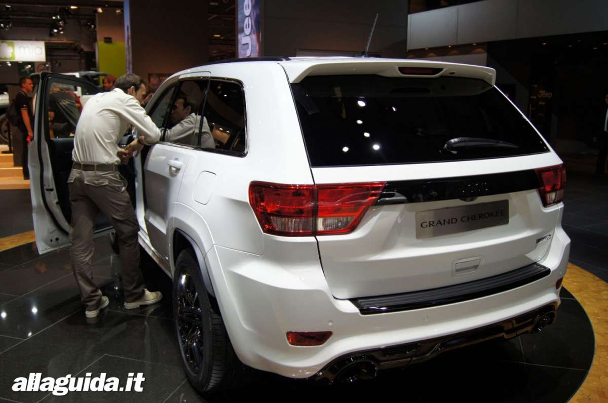Jeep Grand Cherokee SRT-R, Salone di Parigi 2012 - 01
