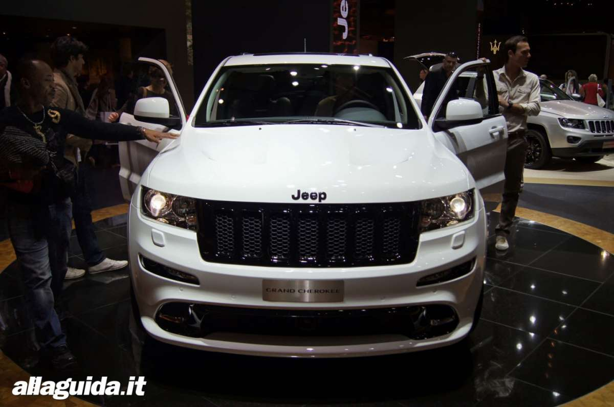 Jeep Grand Cherokee SRT-R, Salone di Parigi 2012 - 05