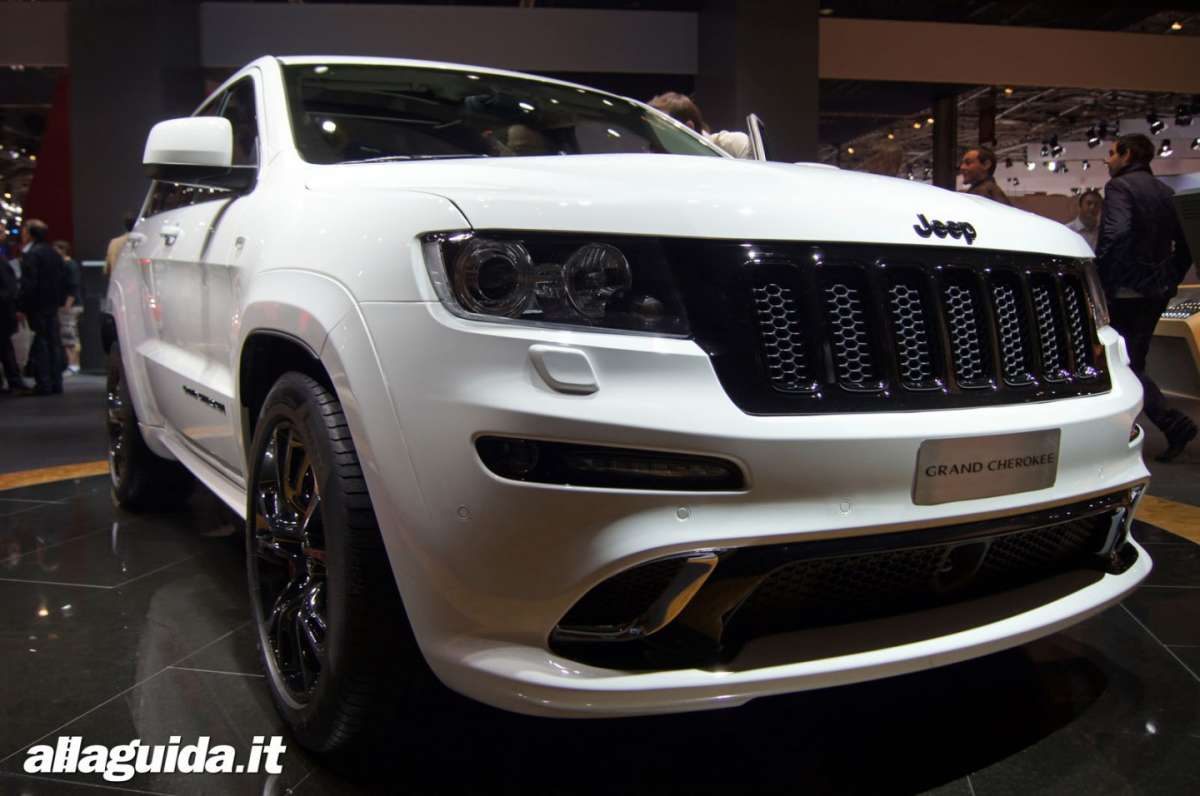 Jeep Grand Cherokee SRT-R, Salone di Parigi 2012 - 09