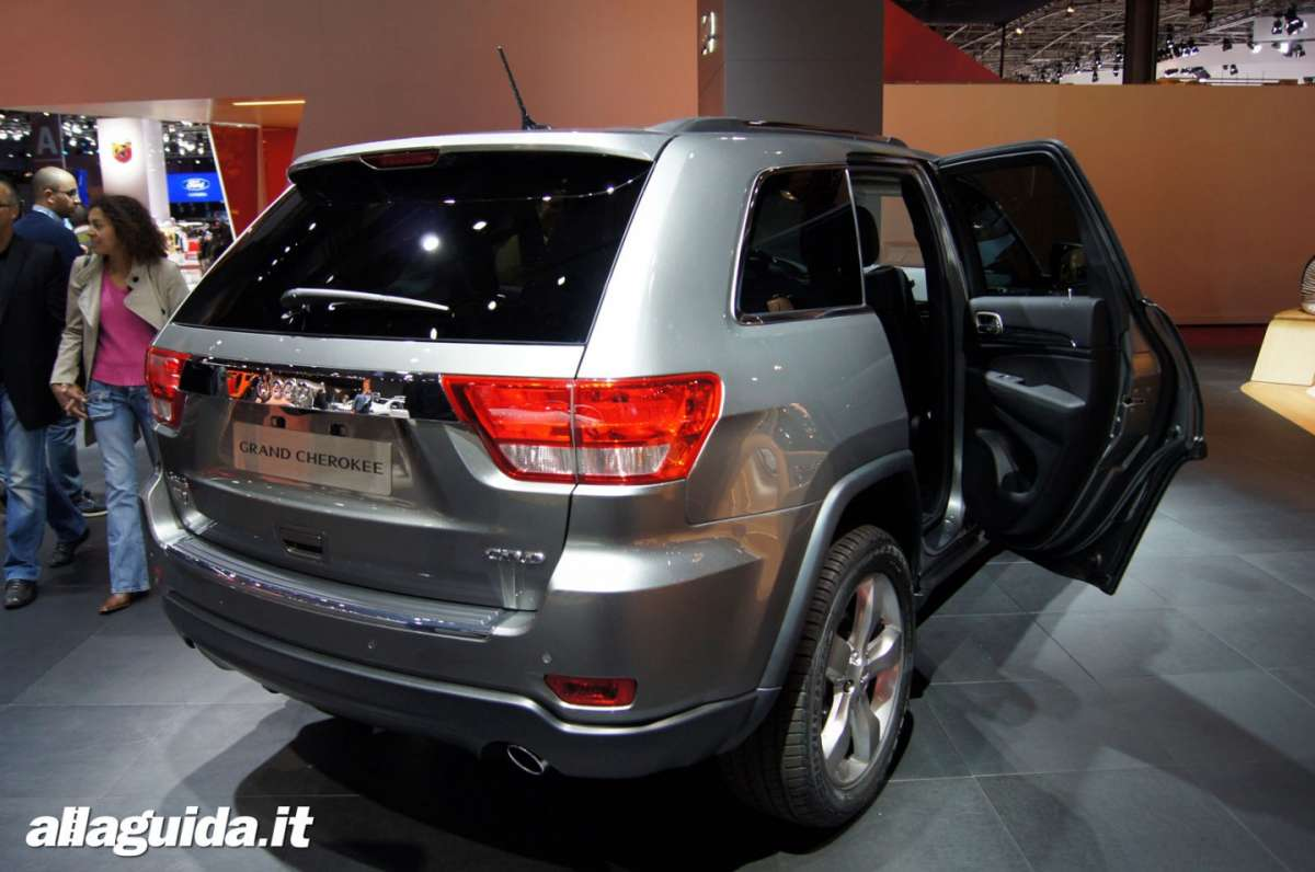 Jeep Grand Cherokee, Salone di Parigi 2012 - 01