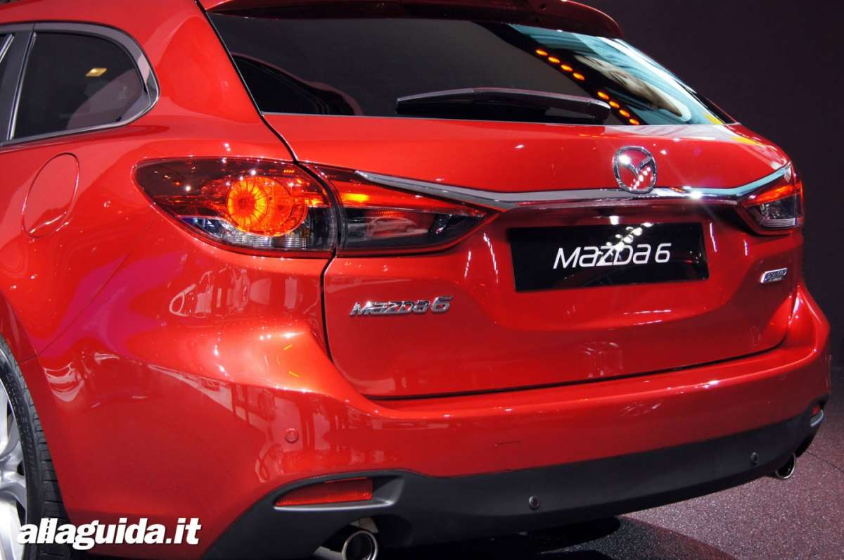 Mazda 6 station wagon, Salone di Parigi 2012 - 03
