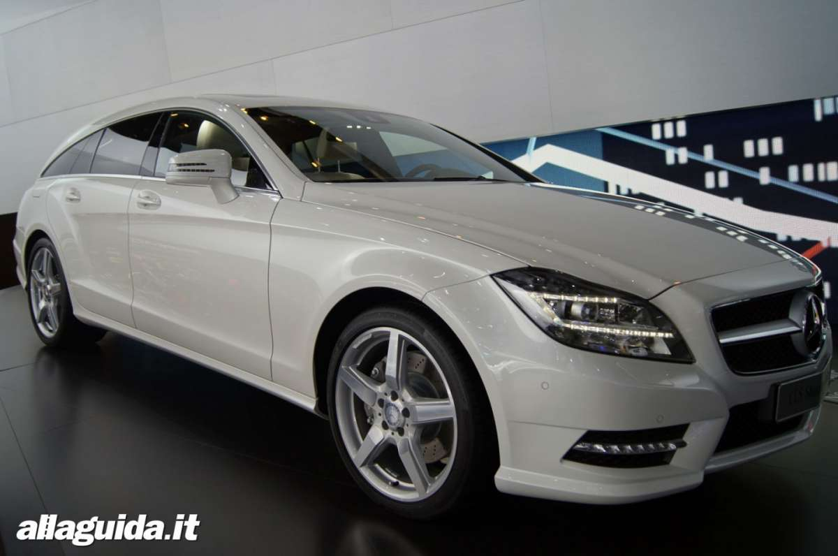 Mercedes CLS Shooting Brake, Salone di Parigi 2012 - 01
