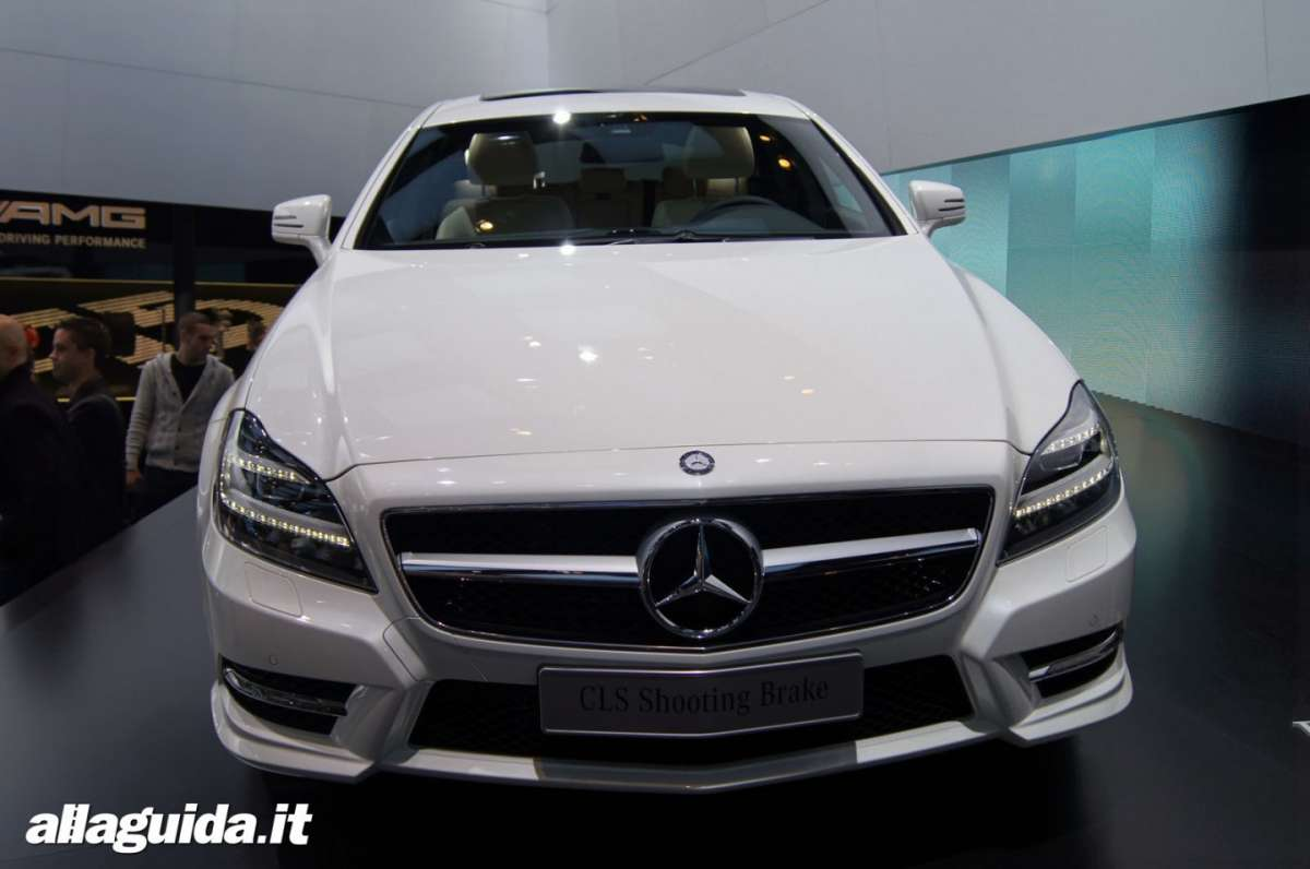 Mercedes CLS Shooting Brake, Salone di Parigi 2012 - 03