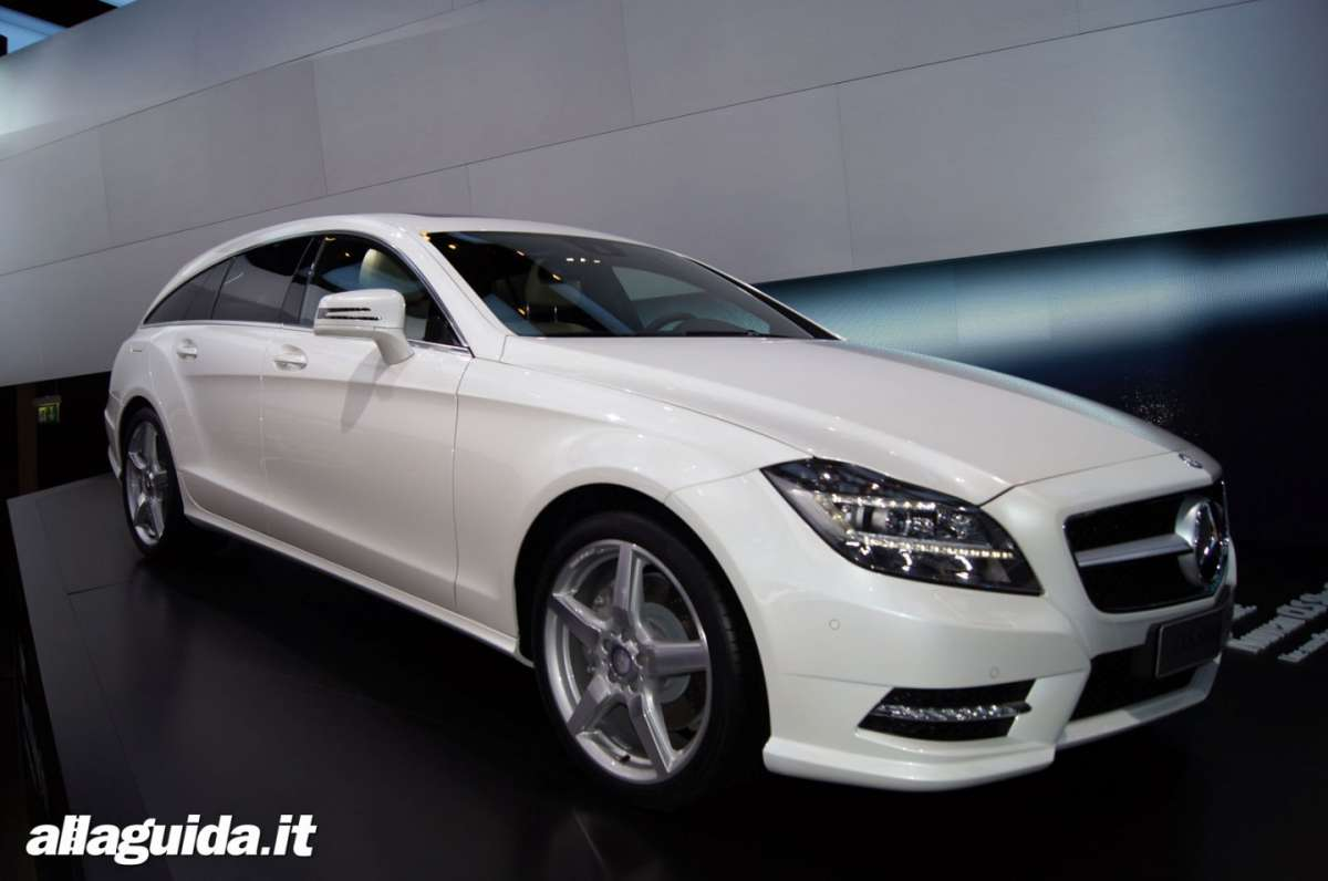 Mercedes CLS Shooting Brake, Salone di Parigi 2012 - 05