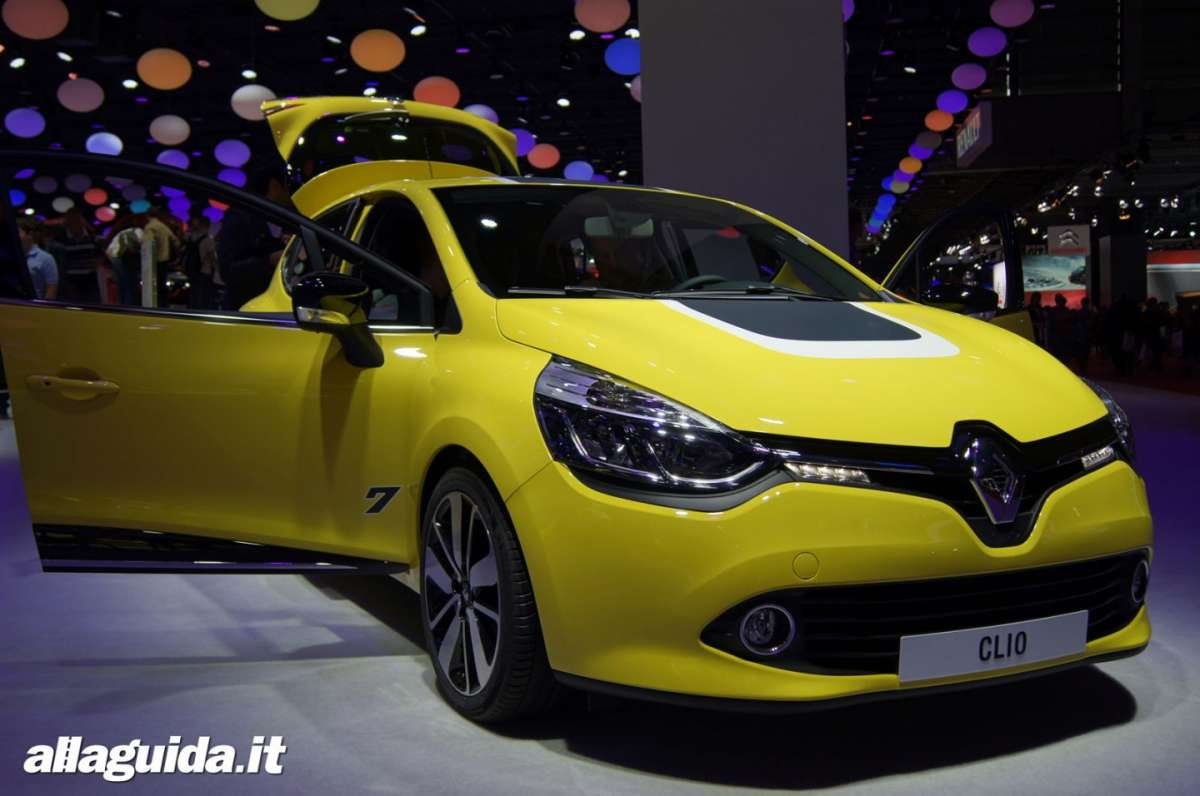 Renault Clio RS200 Turbo, Salone di Parigi 2012 - 02