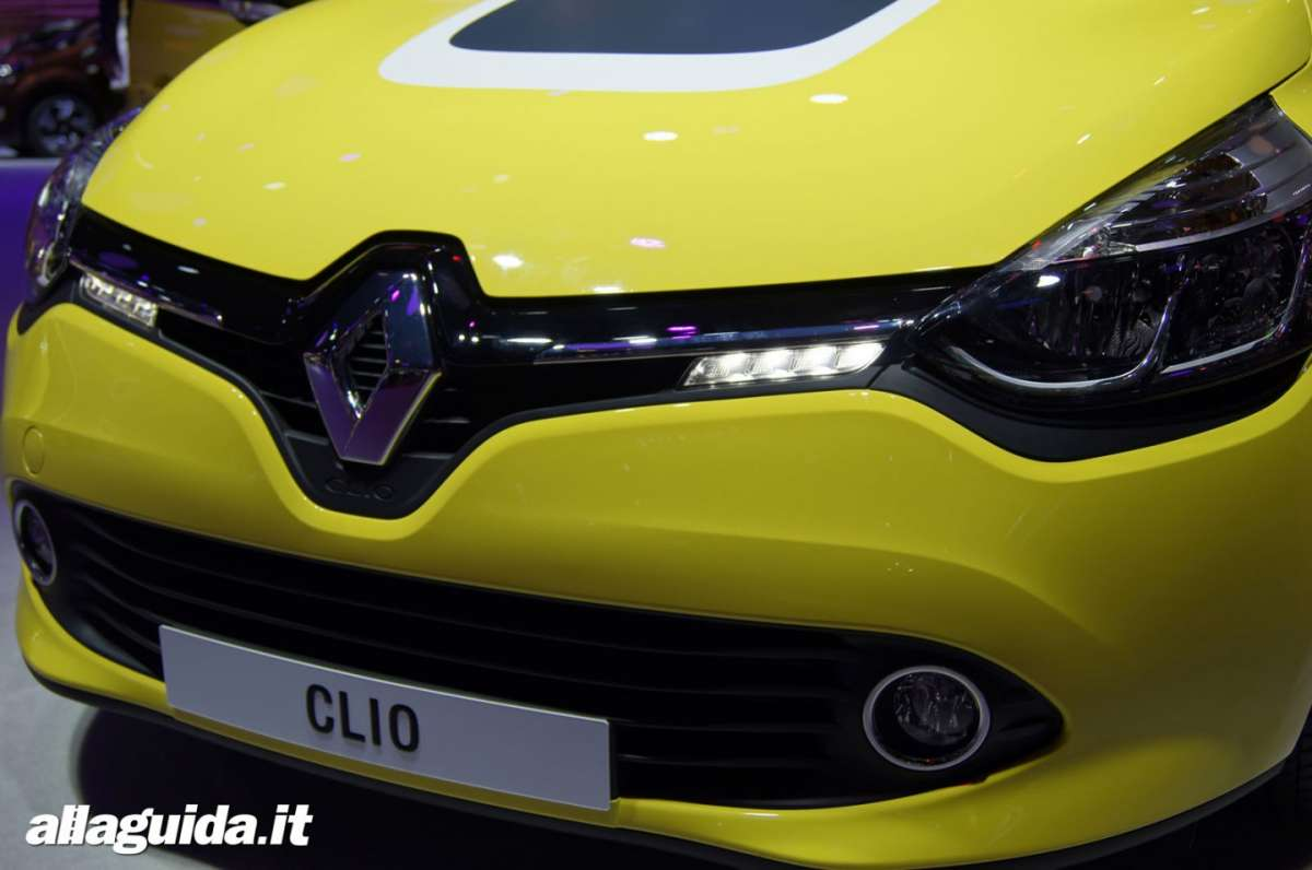 Renault Clio RS200 Turbo, Salone di Parigi 2012 - 05