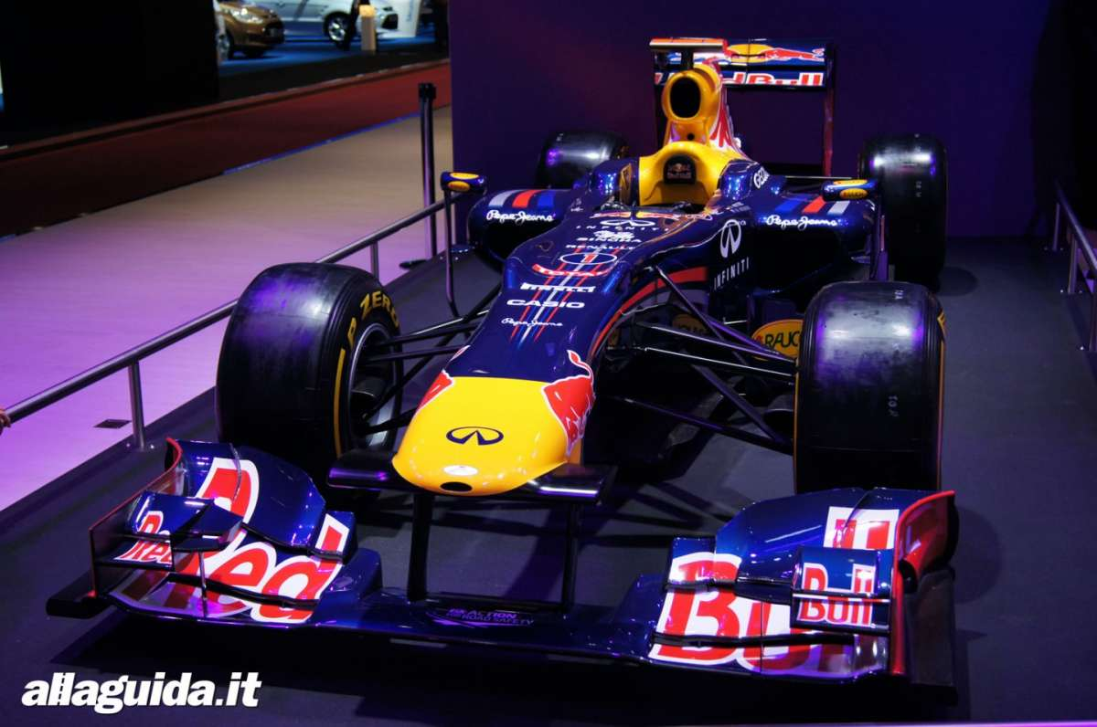 Red Bull F1 2011, Salone di Parigi 2012 (2)