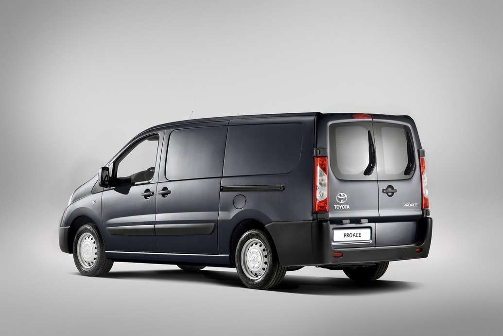 Toyota ProAce posteriore