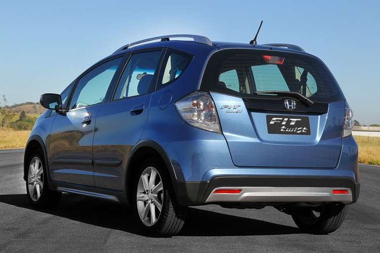 Honda Fit Twist, posteriore