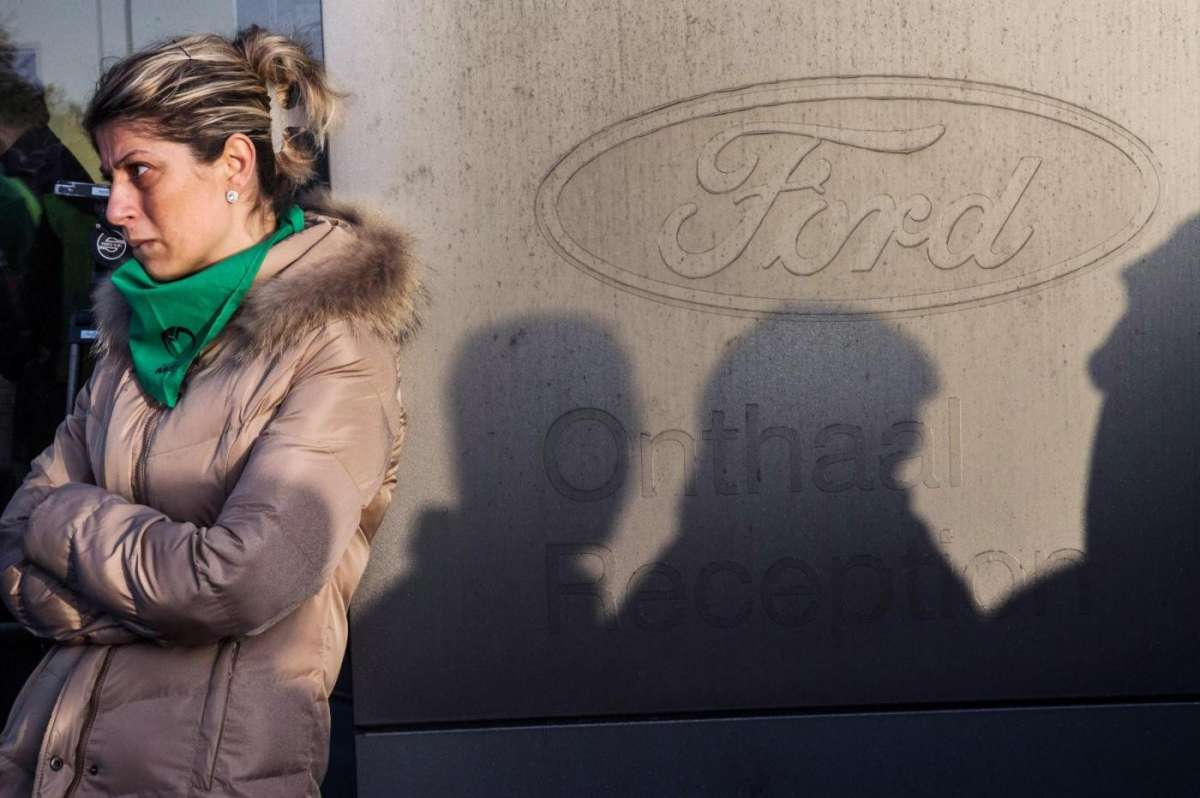 Ford chiude stabilimento in Belgio a Genk (2)
