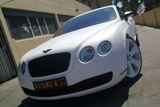 Bentley Continental GT SS in pelle di serpente muso