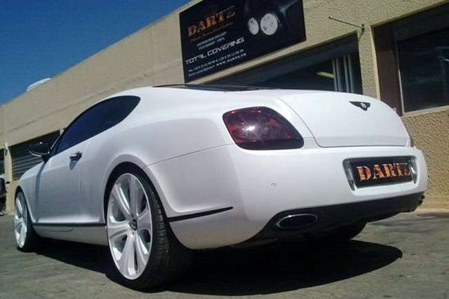 Bentley Continental GT SS in pelle di serpente posteriore