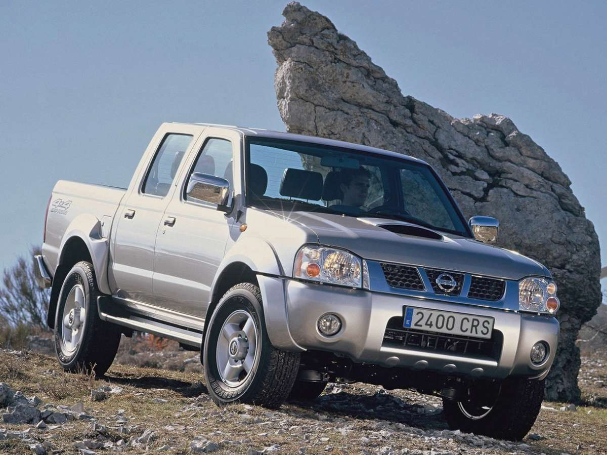 Nissan NP300 muso