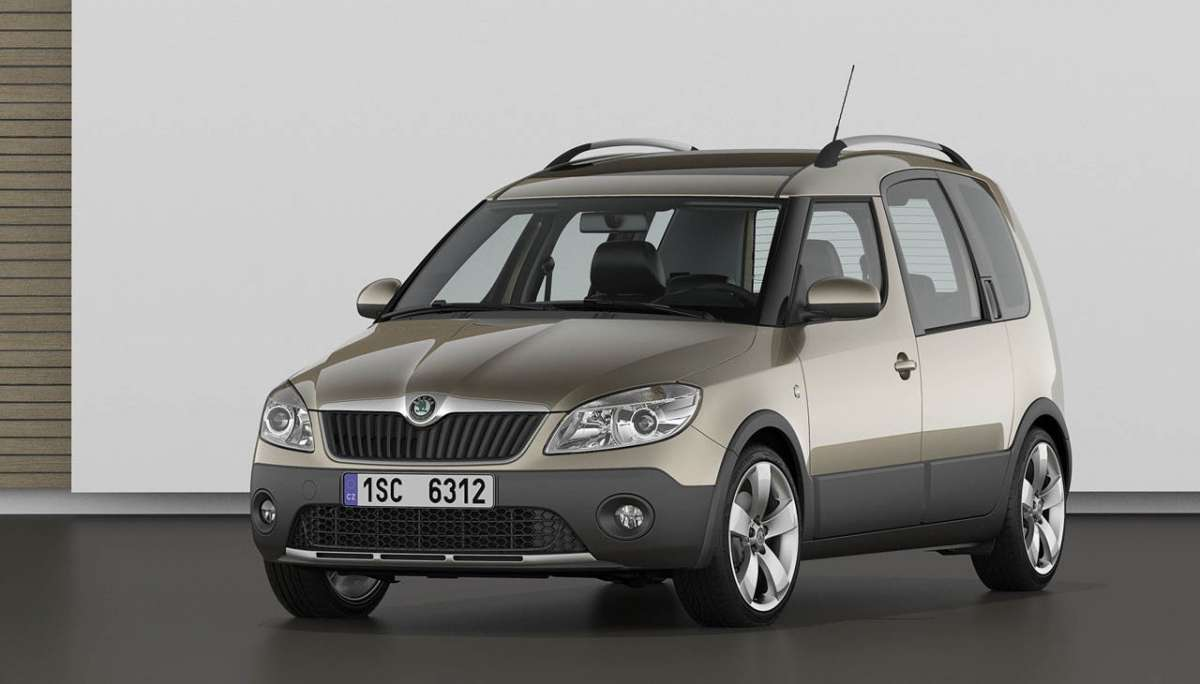 Skoda Roomster 2012 Scout