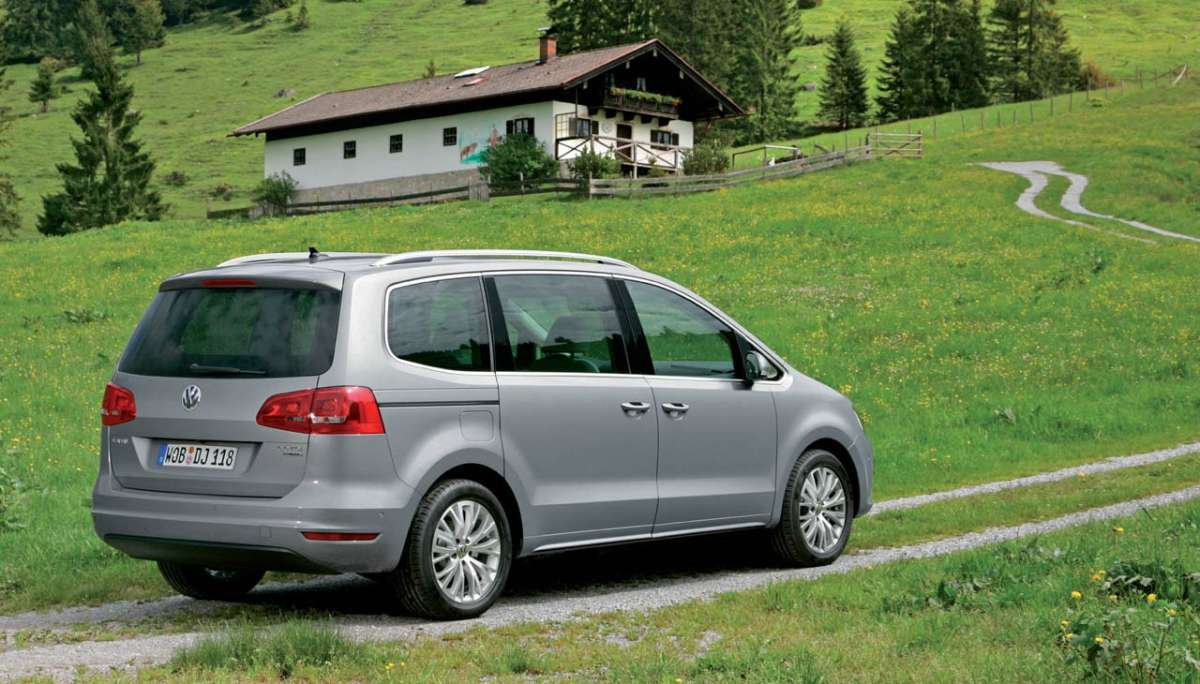 Volkswagen Sharan 2012 laterale posteriore