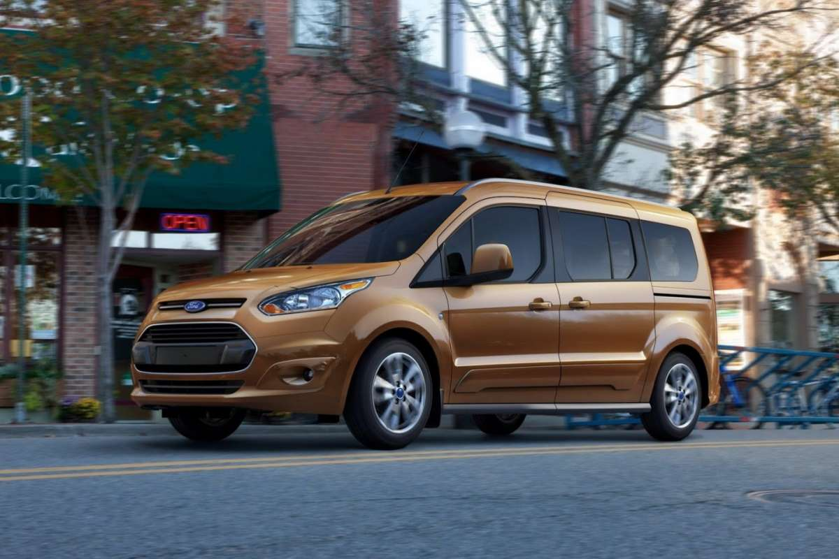 Ford Transit Connect Wagon 7 posti