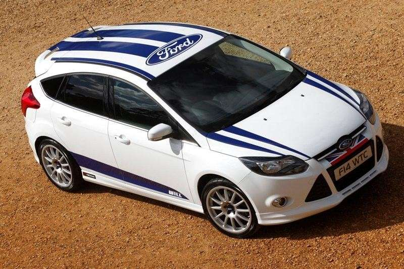 Ford Focus WTCC Limited Edition frontale (4)
