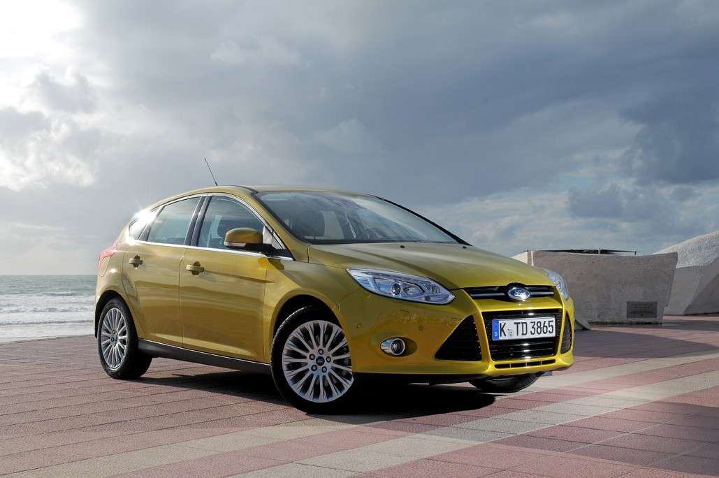 Ford Focus vista frontale