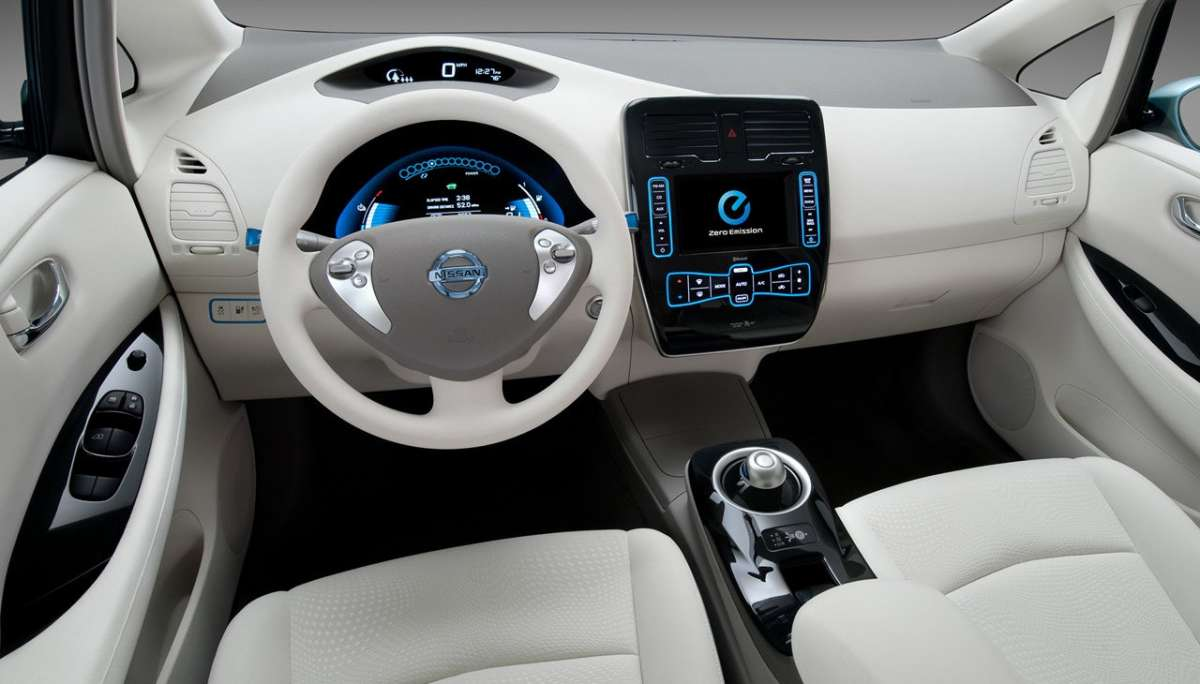 Nissan Leaf interni