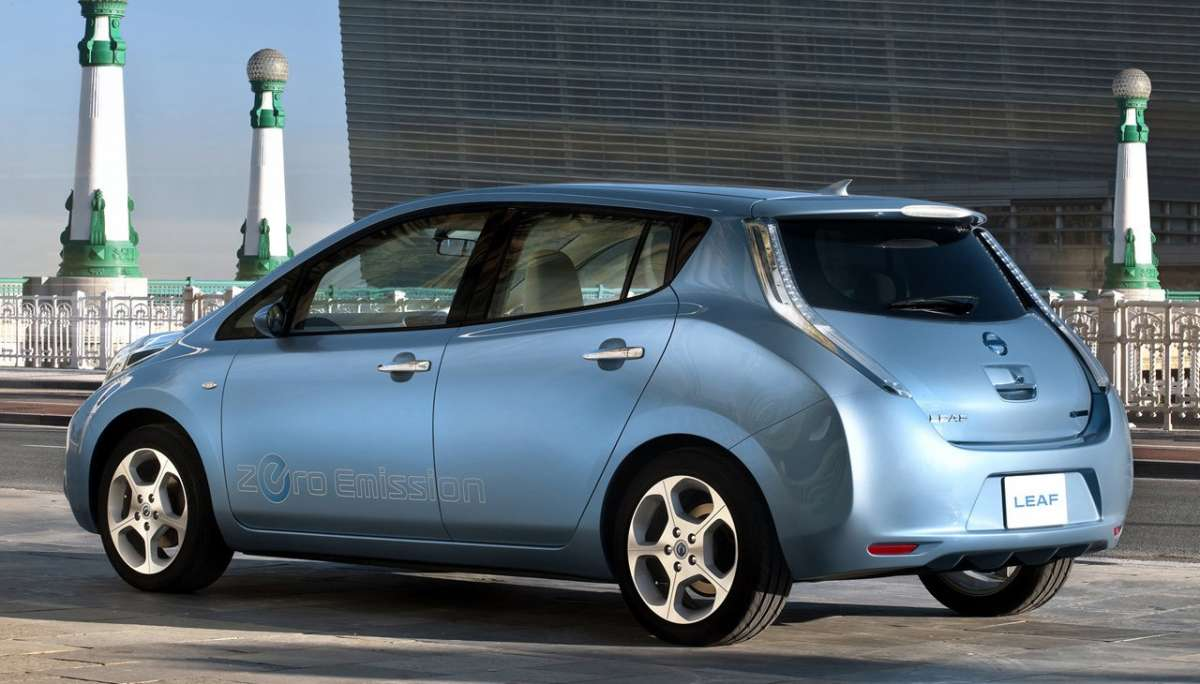 Nissan Leaf laterale posteriore