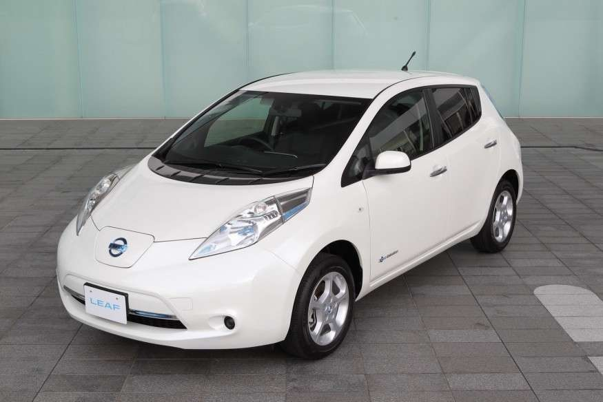 Nissan Leaf 2013-3/4 anteriore sinistra