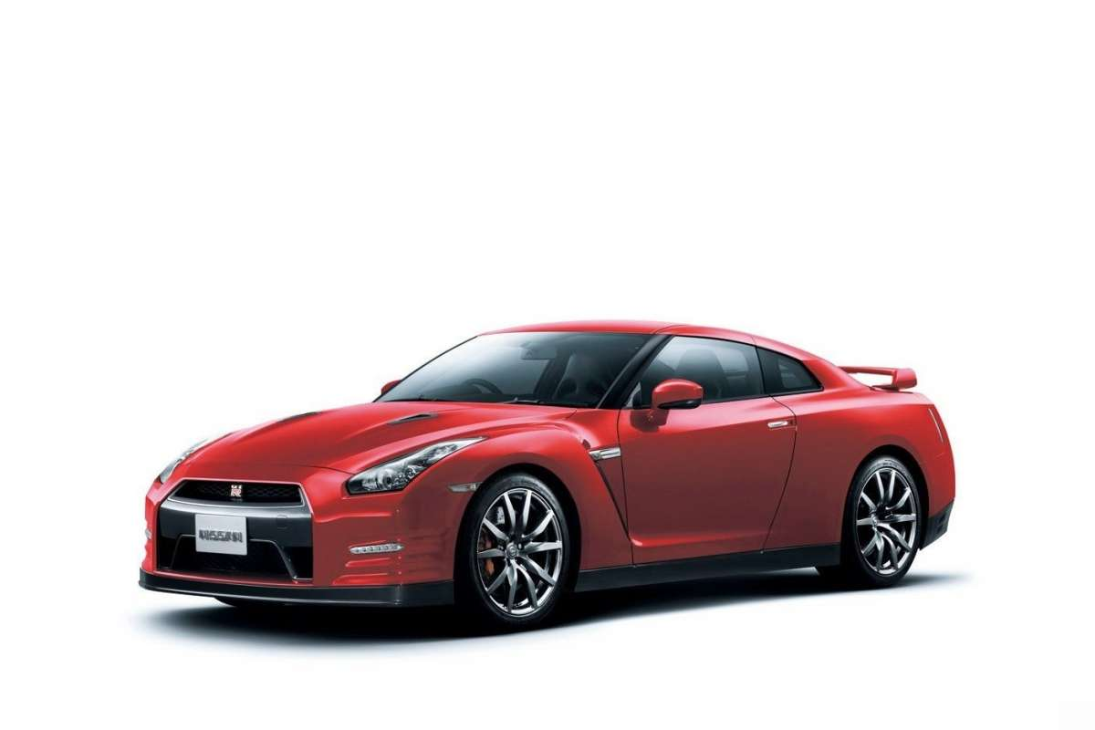Nissan GT-R my 2014-rosso metallizzato