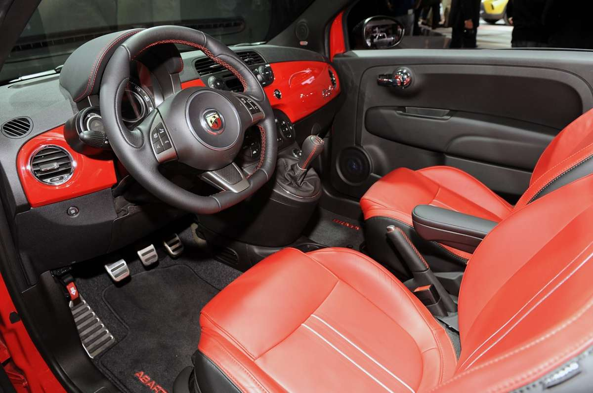 Fiat 500C Abarth al Salone di Los Angeles 2012 (10)