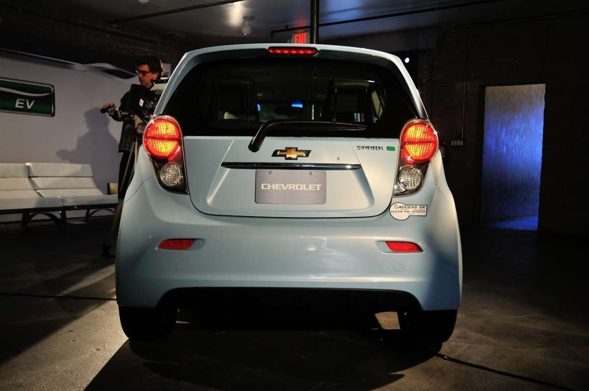 Chevrolet Spark EV al Salone di Los Angeles 2012 (7)