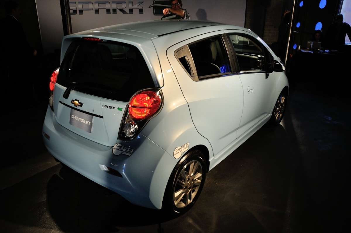 Chevrolet Spark EV al Salone di Los Angeles 2012 (10)