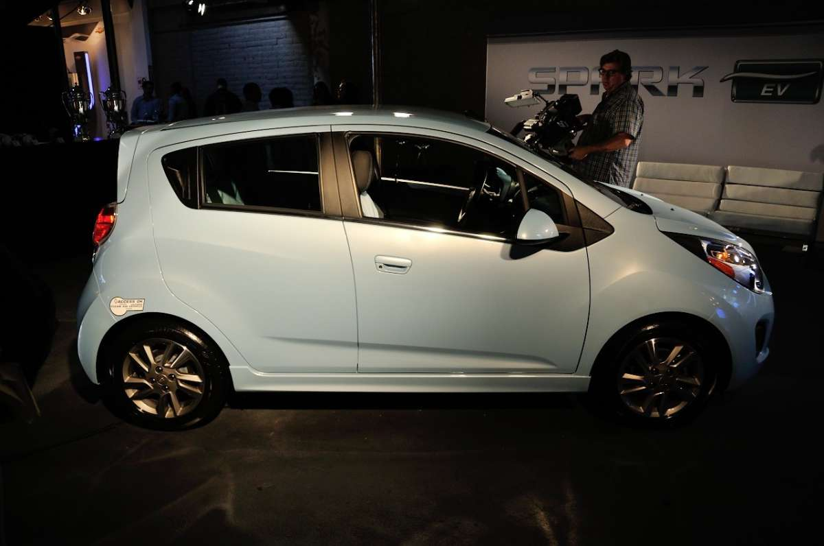 Chevrolet Spark EV al Salone di Los Angeles 2012 (11)