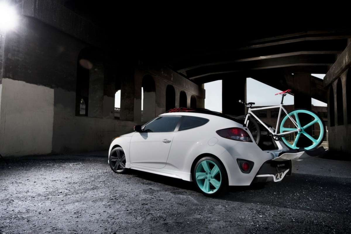 Hyundai Veloster C3 Roll Top laterale