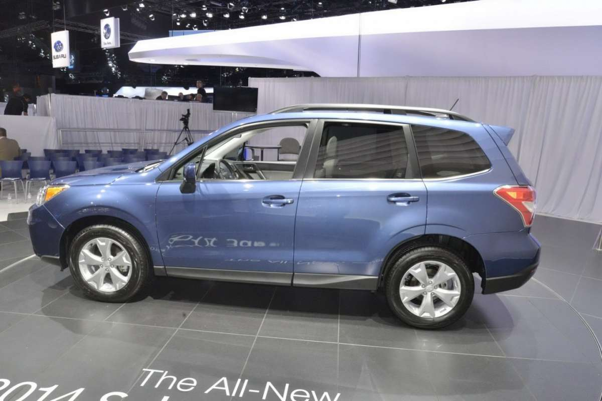 Subaru Forester 2013 al salone di Los Angeles 2012 (9)