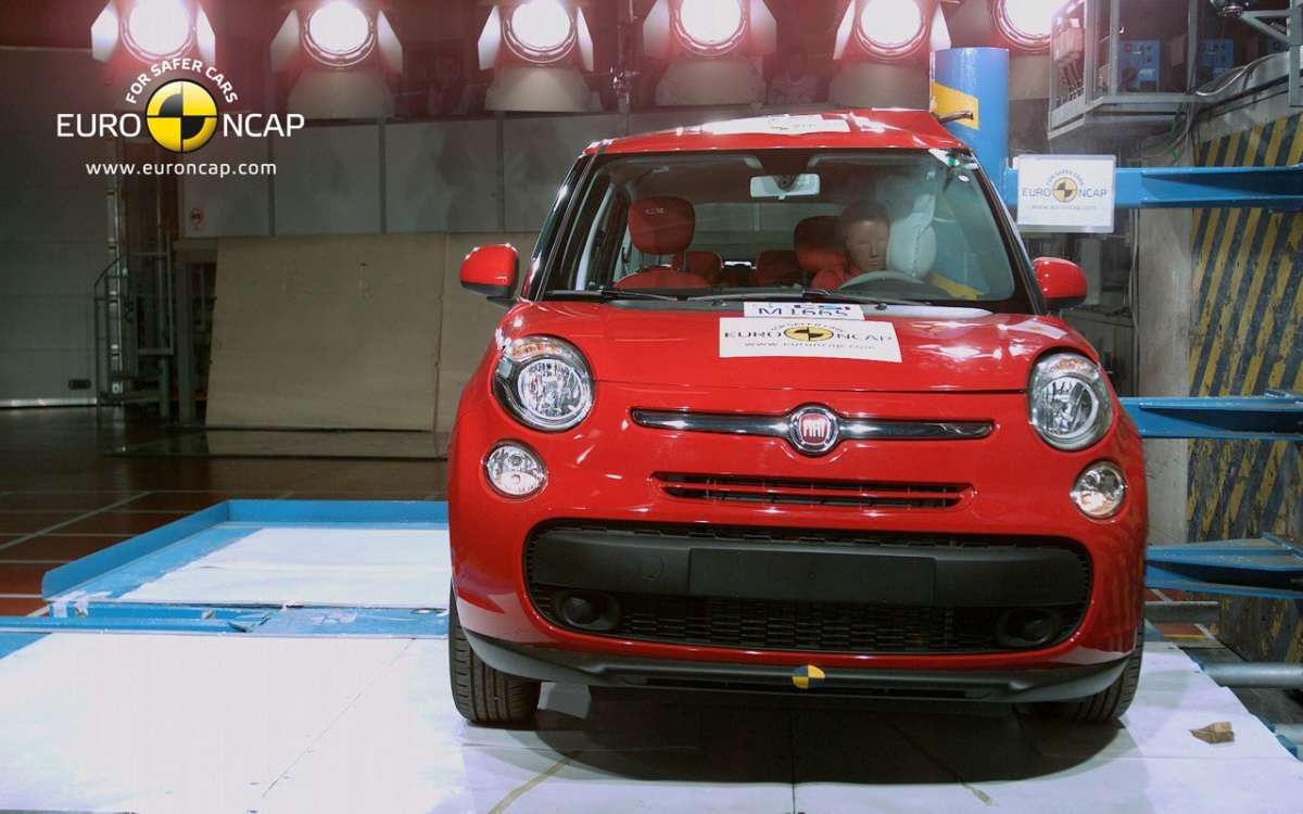 Crash Test Euro NCAP Fiat 500L fiancata