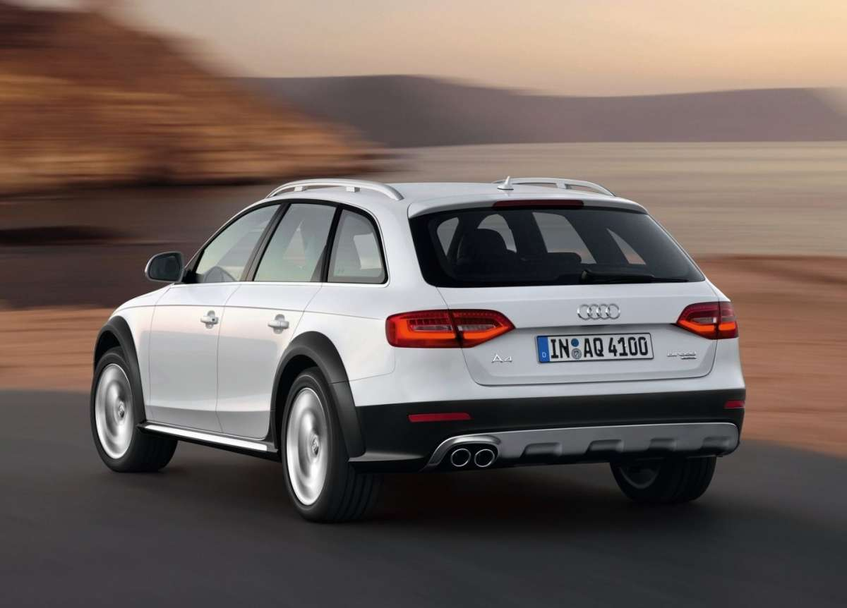 Audi A4 Allroad Restyling-3/4 posteriore sinistra