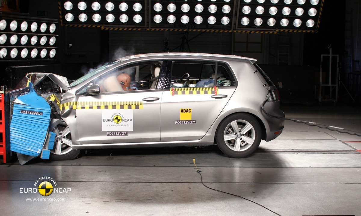 Crash Test Euro NCAP Volkswagen Golf 7