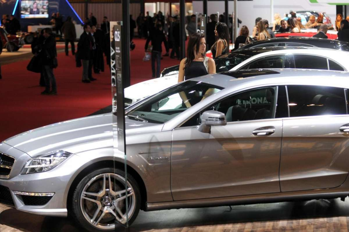 Mercedes Cls Shooting Brake, Motorshow Bologna 2012 - 02