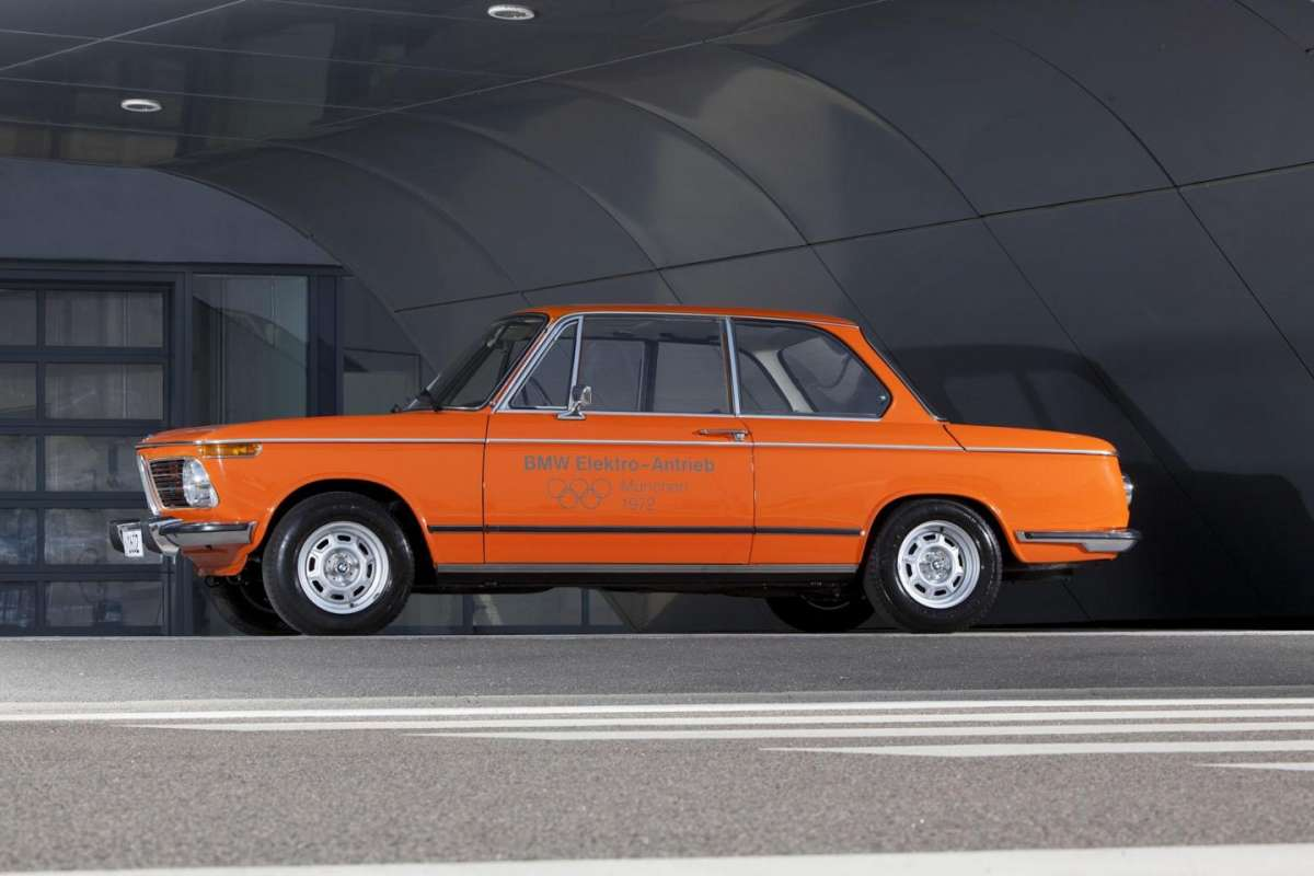 BMW 1602 Electric fiancata