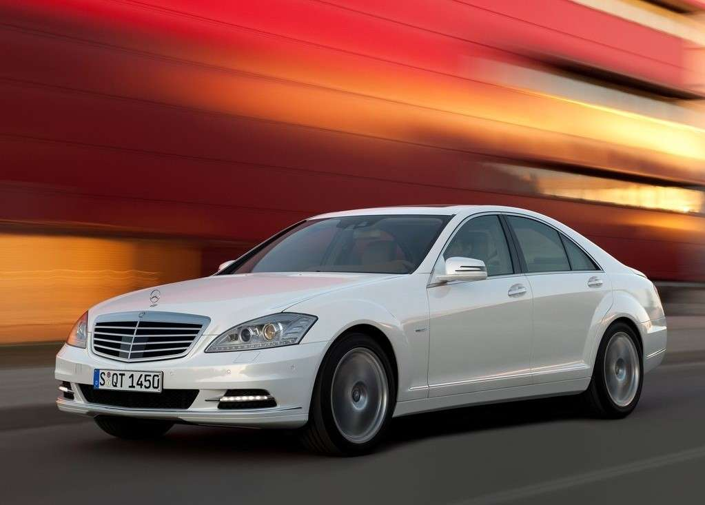 Mercedes S400 BlueHybrid, anteriore