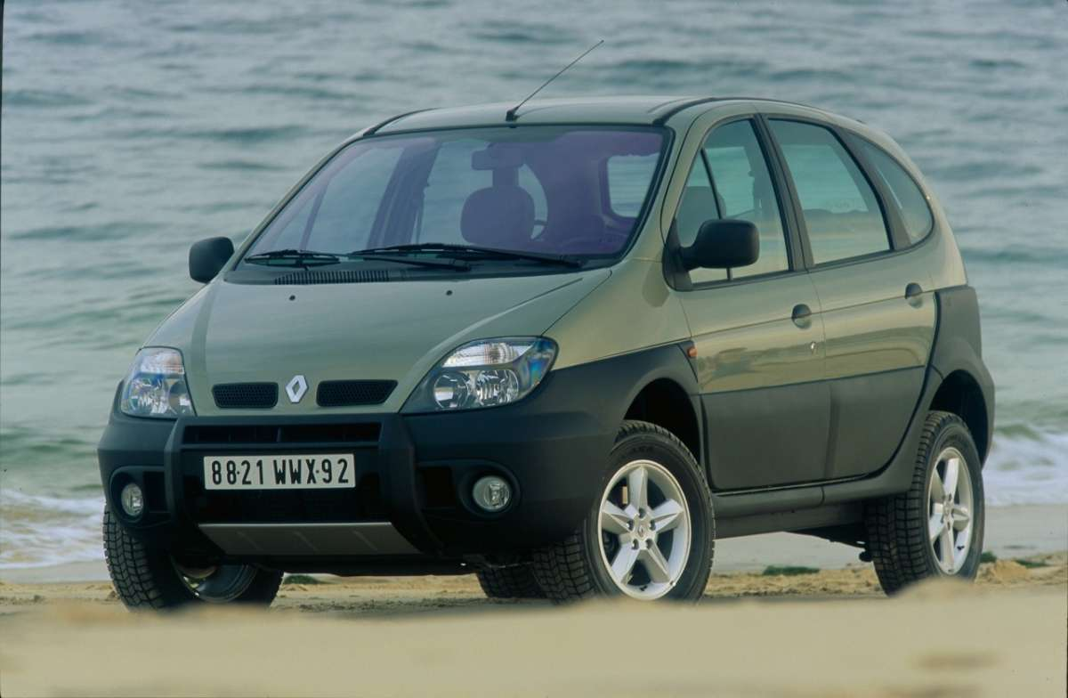 Renault Scenic RX4 frontale