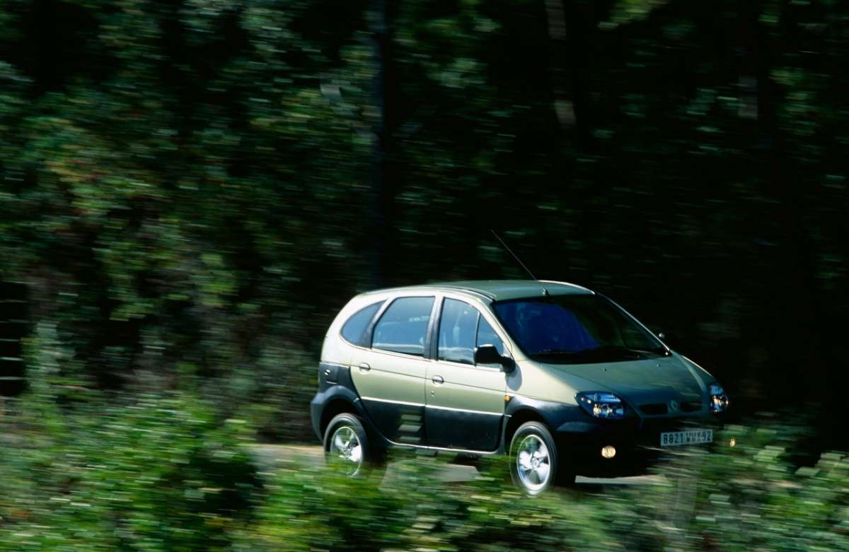 Renault Scenic RX4 muso 3