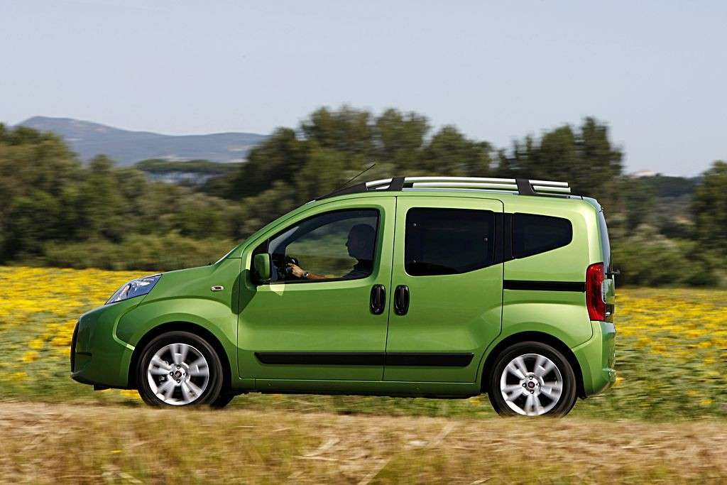Fiat Qubo Natural Power fiancata